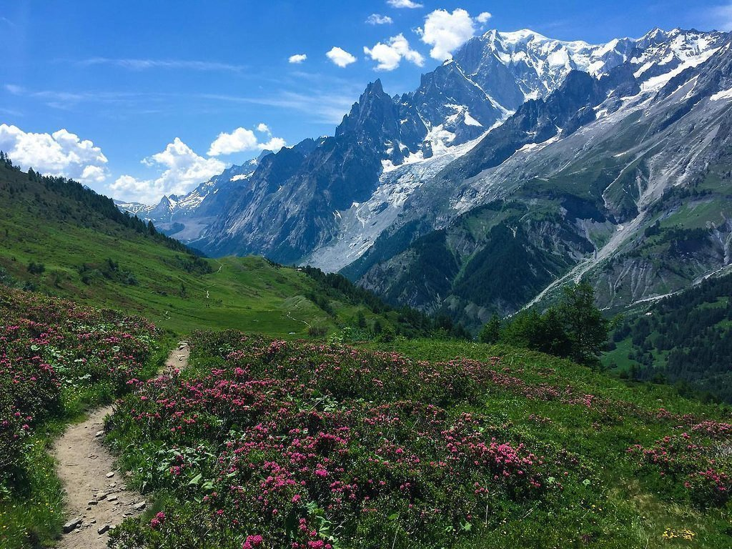 Tour de Mont Blanc, Best hiking places in Europe