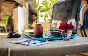 How To Make Money As a Digital Nomad And Travel The World