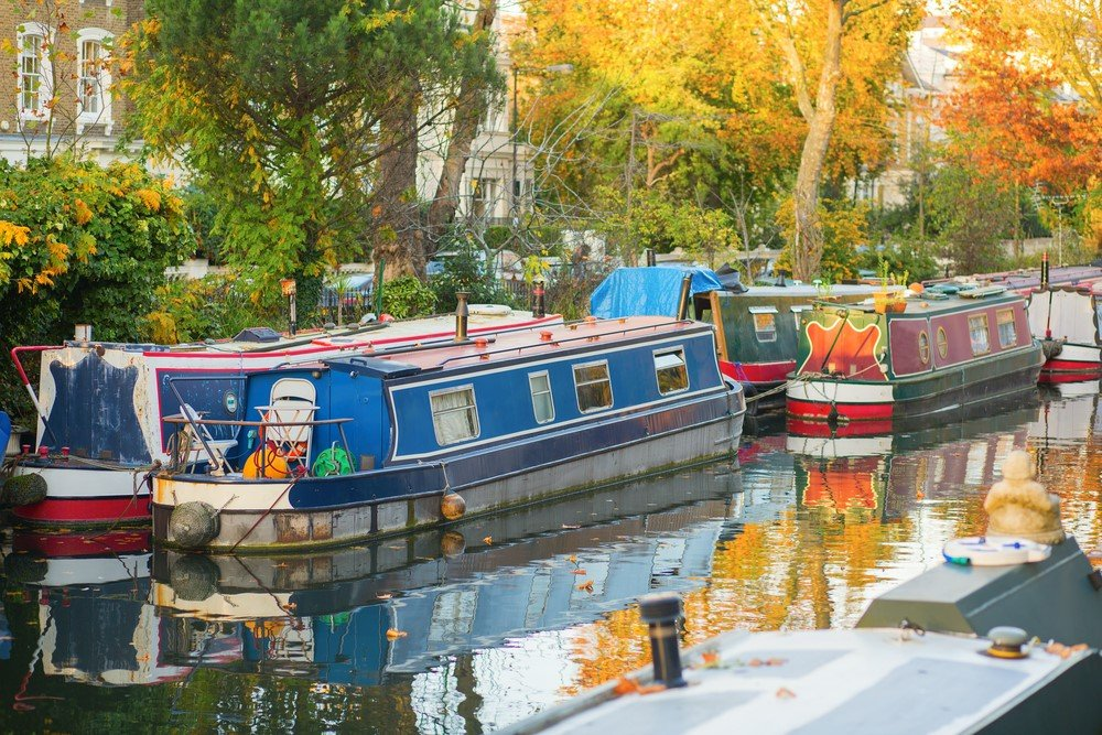 canal boat london - 15 Romantic Things To Do In London For Couples Madly In Love!