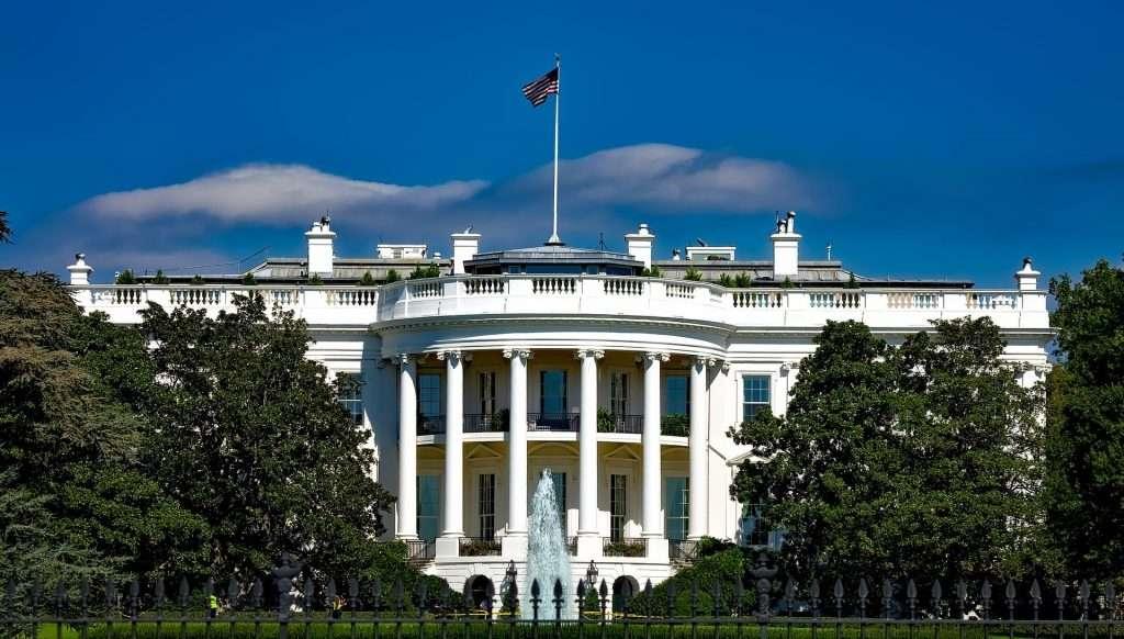 washington dc white house 1024x582 - 10 tips for your first trip to Washington DC