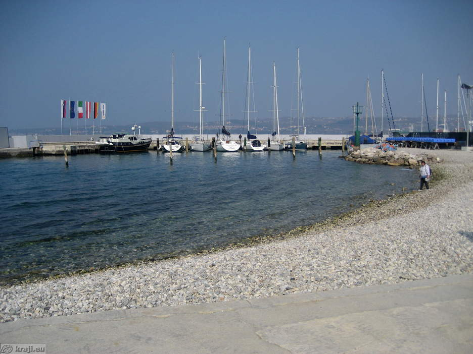 koper beaches