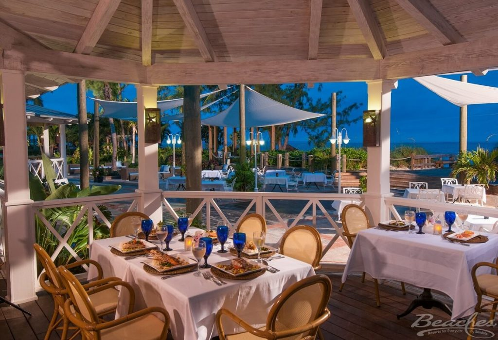 beaches turks and caicos restaurants