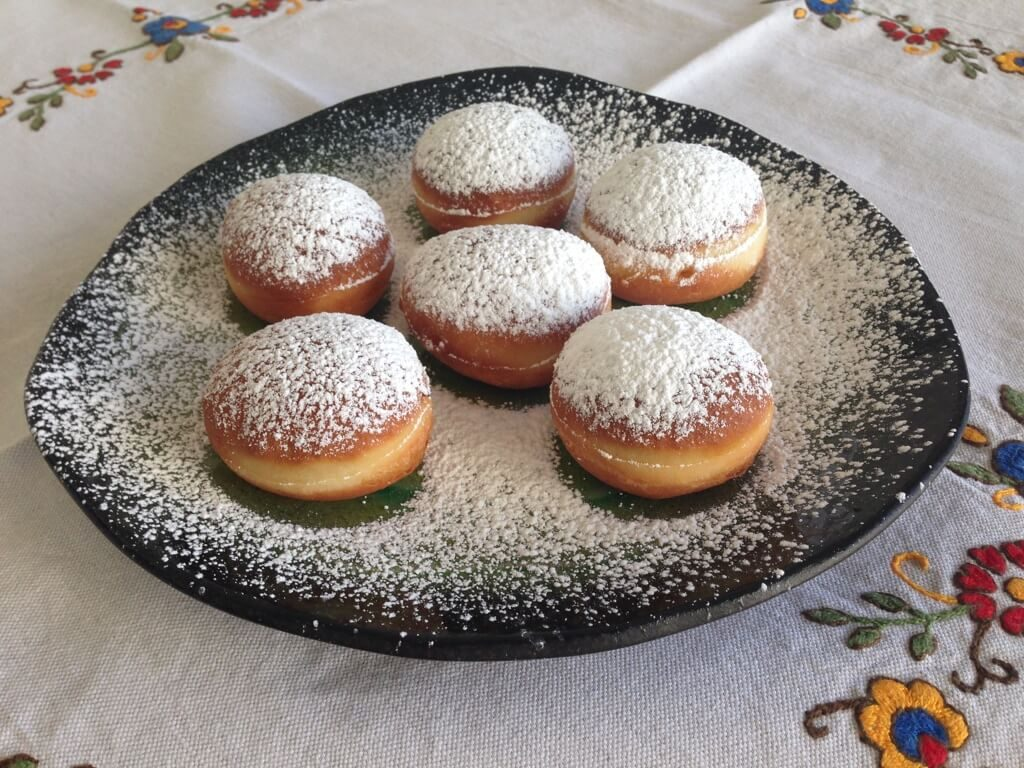 slovenian fried dough 1024x768 - Traditional Slovenian Food: An exquisite Cuisine