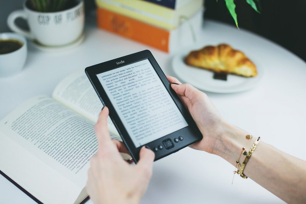 Best eReader for reading in sunlight