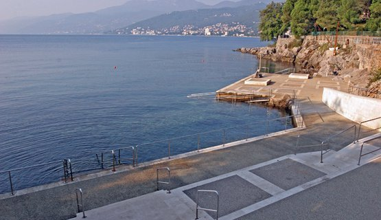 kostanj beach rijeka - Rijeka beaches guide